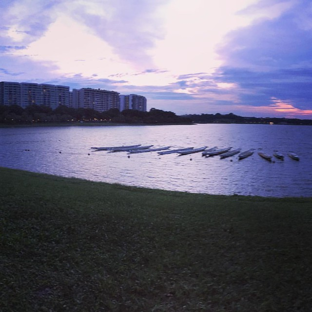 Yeah, have #relaxing jog with @shortypotty earlier on. Good #weather to sweat out. #Beautiful #sky #scenic #calm #serene view!  #exploresg #instadily #sgig #sg #reservoir #boats #soundsofnature #parks #sunset #sightseeing #instapic #vscocam #thingsiloveto