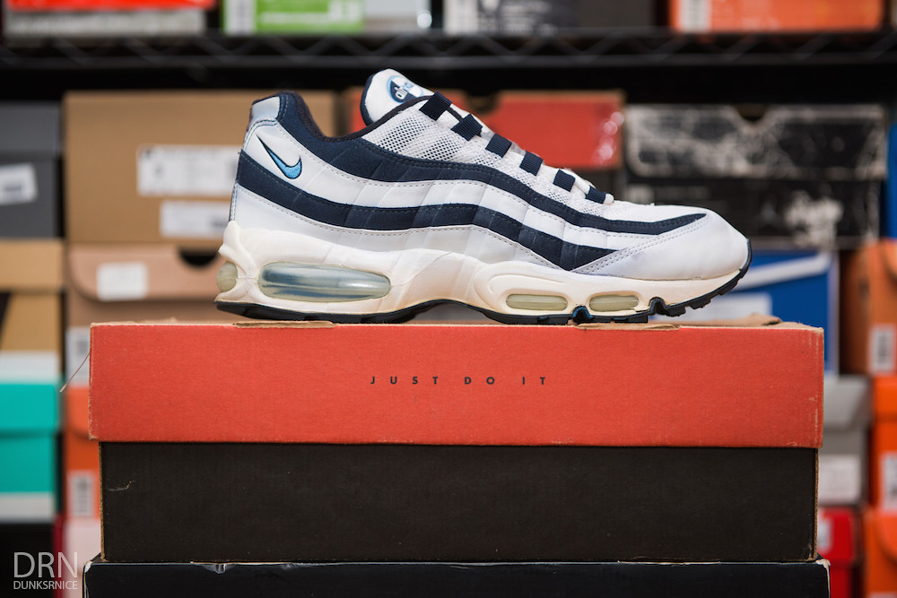 1999 White & Obsidian Carolina AM95's