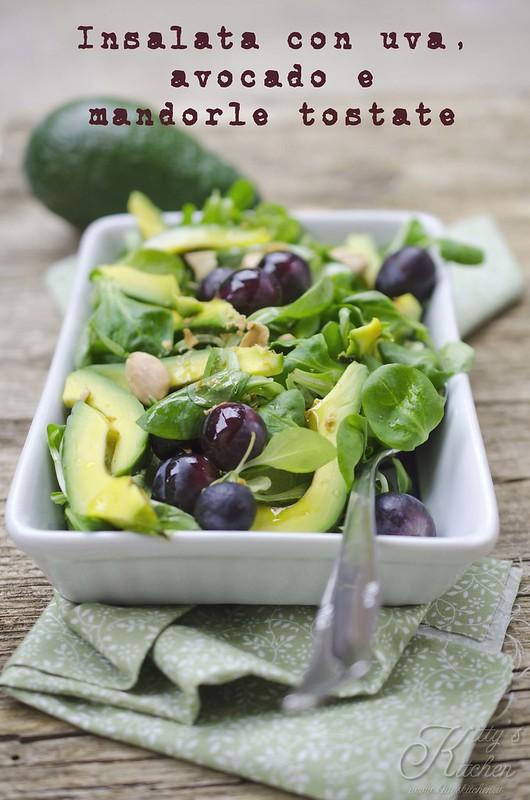 insalata di uva e avocado