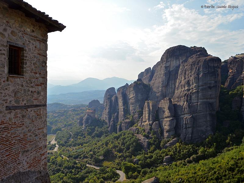 Fotografía de Meteora tomada desde el convento de Agia Roussánou