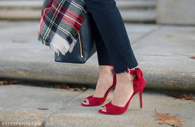 christmas outfit - tartan plaid red bow heels
