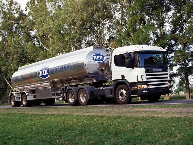 Седельный тягач Scania P114G 330 6x2. 1995 – 2004 годы