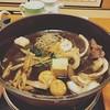 日曜のすき焼きは美味かったんだが、白菜は京都では入れないそう。  野菜は、割り下とザラメ糖に絡めてさつまと焼くから、野菜の素材感がしっかりあってすき焼きの印象変わったな。