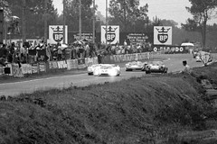 Racing for the lead at Mulsanne