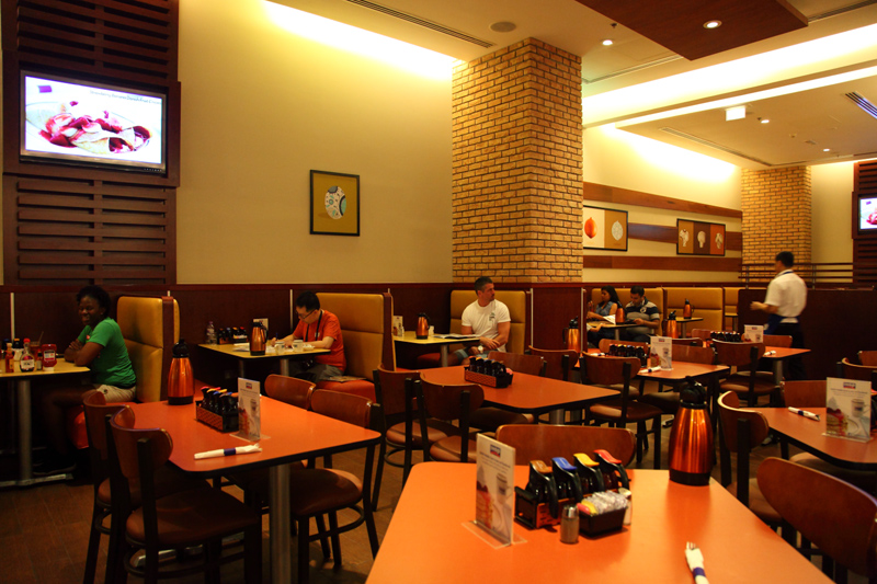 IHOP-Restaurant-Interior