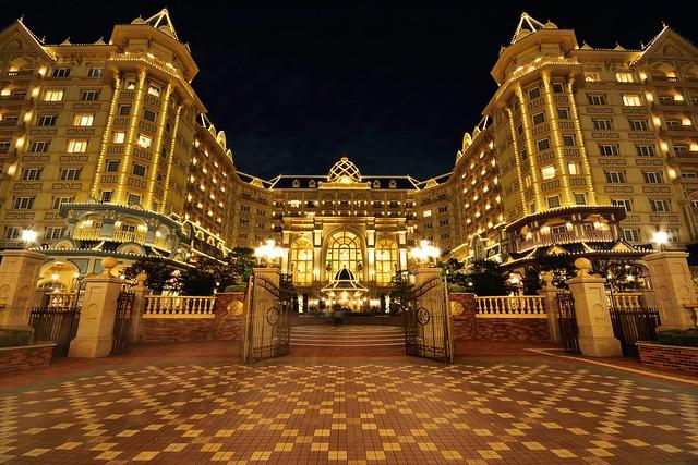 東京ディズニーランドホテルの夜景