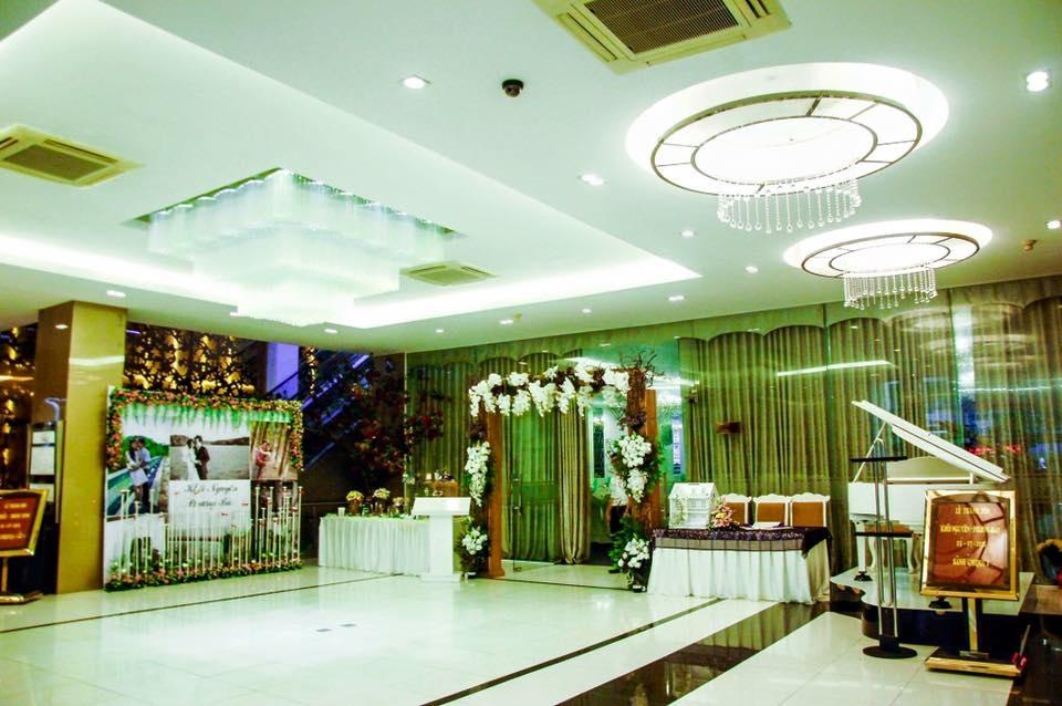 Nhà hàng Unique Phạm Văn Hai
