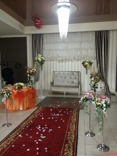 "Свадебный зал ""Moldova"" > Фото из галереи `Casa Nunţii Moldova`"
