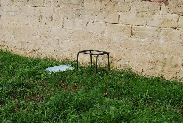 Rutigliano-Al parco nessuno 'si fa' l'erba (5)