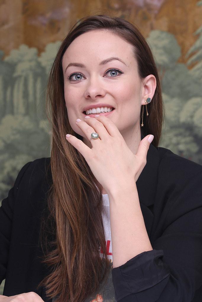 Оливия Уайлд — Пресс-конференция «Винил» 2015 – 19