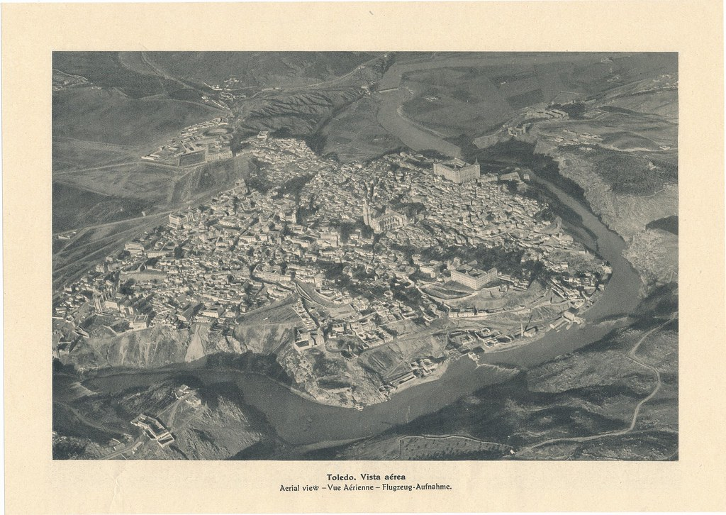 Foto Aérea de Toledo por José Ortiz Echagüe hacia 1928