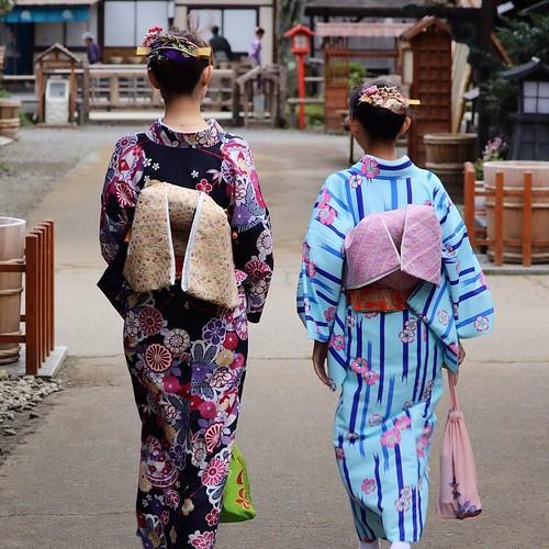 嫁と娘も、江戸に馴染んでます。 #日光江戸村 #edowonderland