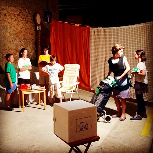 'Uns dies a casa l'àvia' de la companyia de #teatre Pa amb Oli i Sal del Carrer Montjuïc #Gelida #Penedès