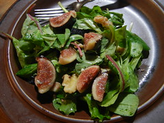 Fig, Stilton and walnut salad