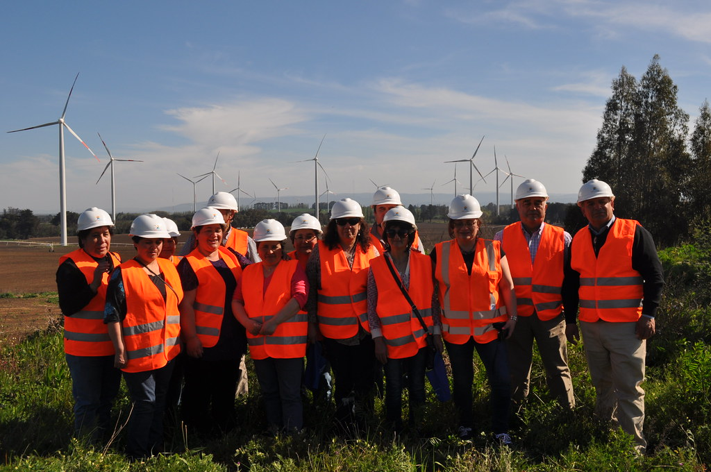 Community visit to Cuel wind farm, Chile (33 megawatts)