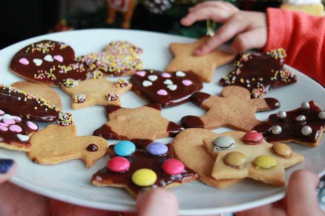 Sablés_de_Noël_à_4_mains_à_réaliser_avec_les_tout_petits_blog_pâtisserie_la_rochelle_19