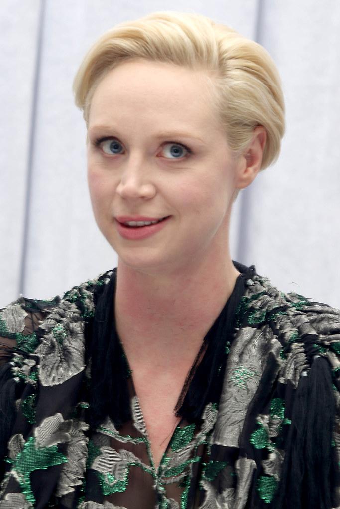 Гвендолин Кристи — Пресс-конференция «Звёздные войны» 2015 – 6