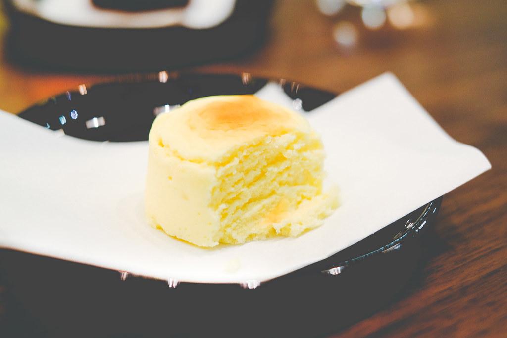 Hashida Garo: Hokkaido cheese cake