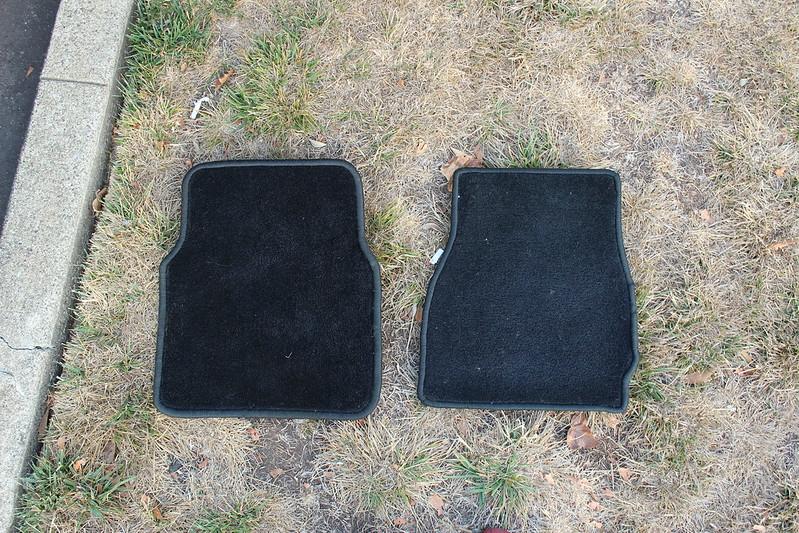 sold:oem bmw black floor mats - r3vlimited forums