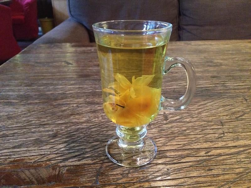 Free tea for involuntarily helping hostel staff.