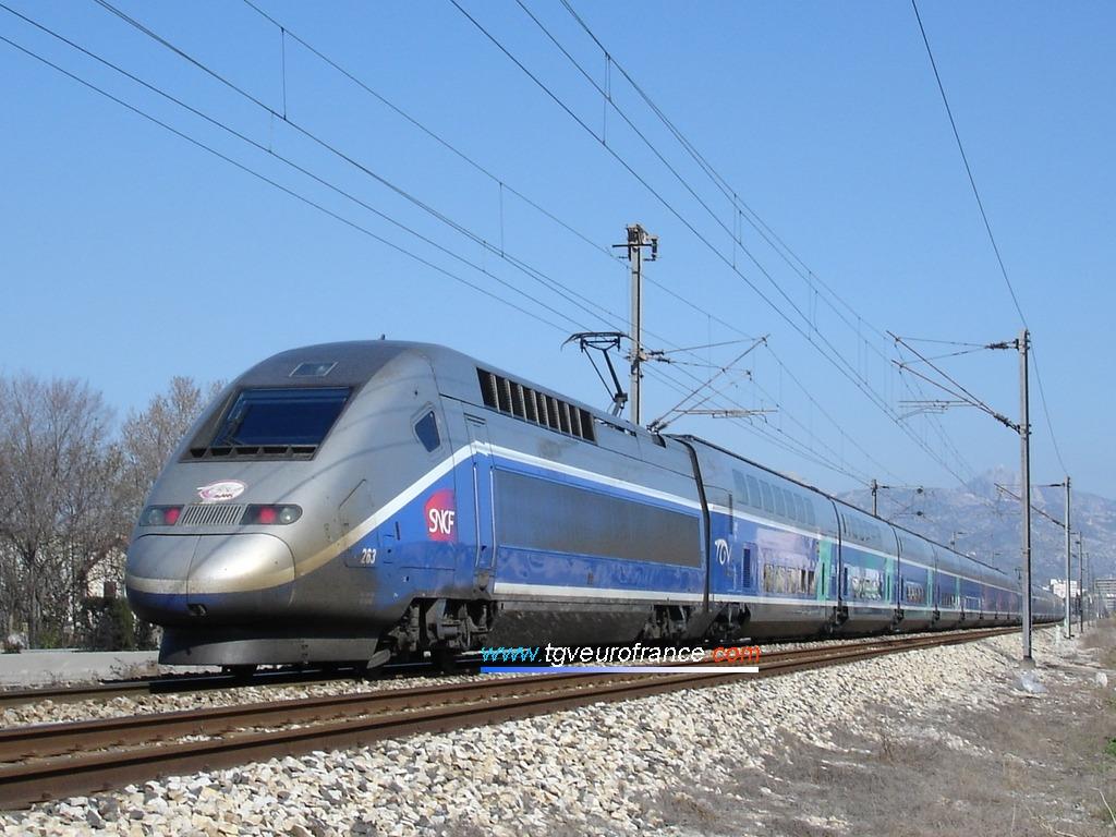 La rame TGV Duplex 263 de SNCF Voyages (en UM avec la rame TGV Duplex 207)