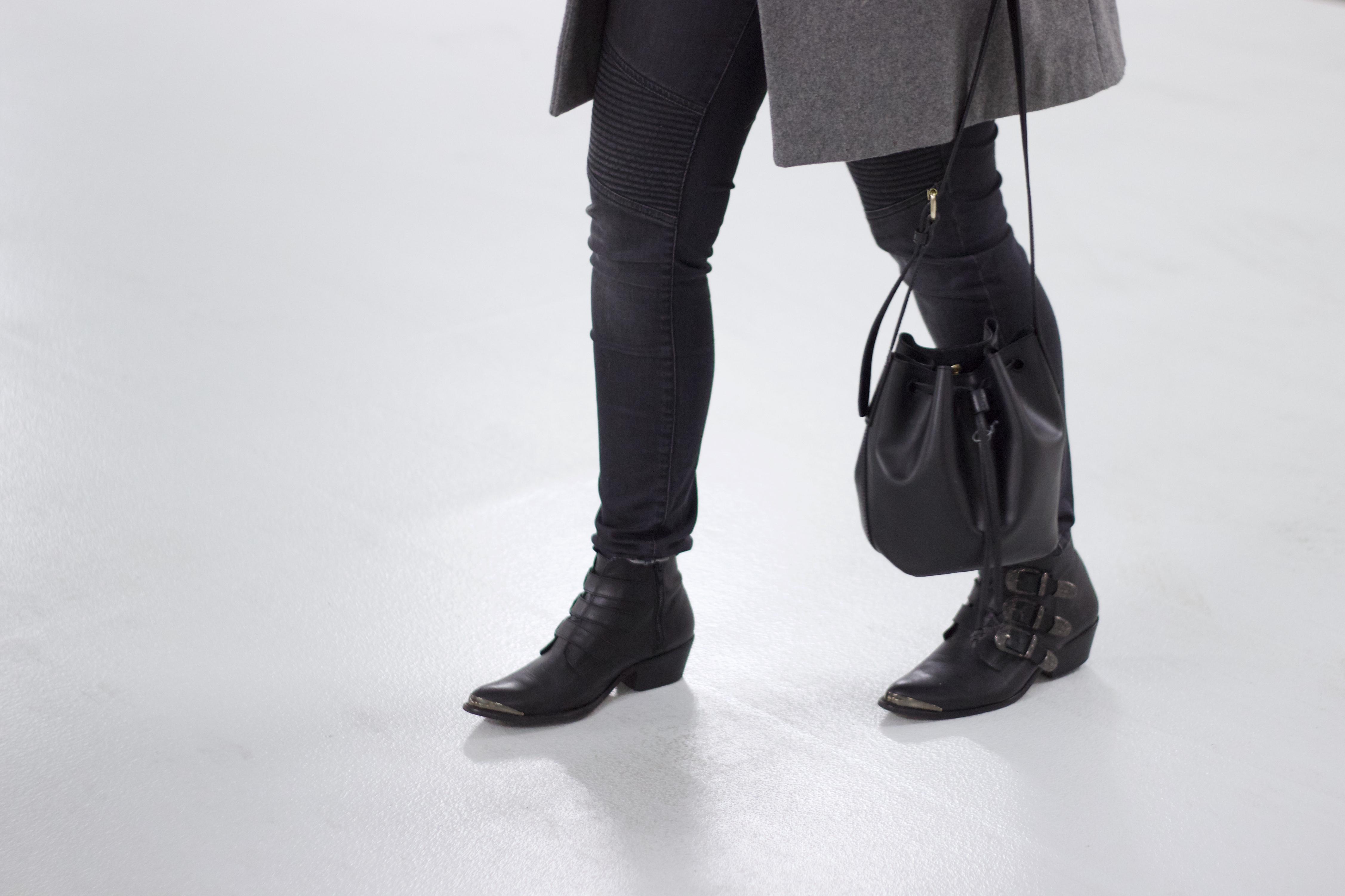 Black-grey-streetstyle-combination-simple-basic
