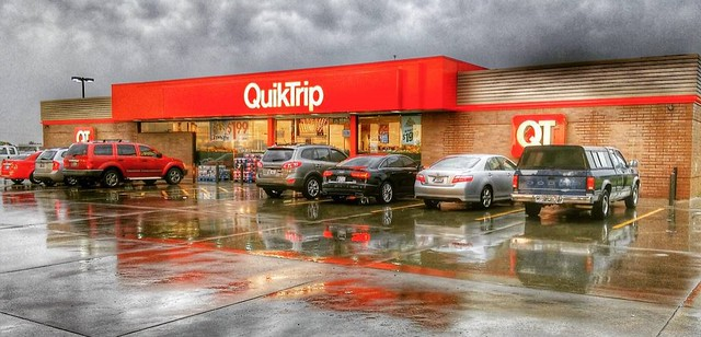 #QuikTrip on 75 at Skiatook exit Saturday morning #Latergram #Reflections #Red #Architecture