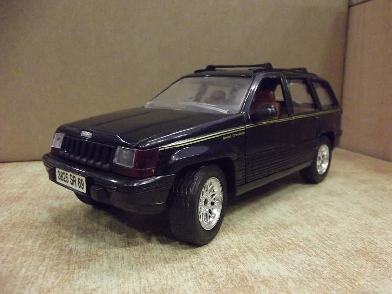 N°4415 Jeep Grand Cherokee. 22412421870_9e3d860063_c