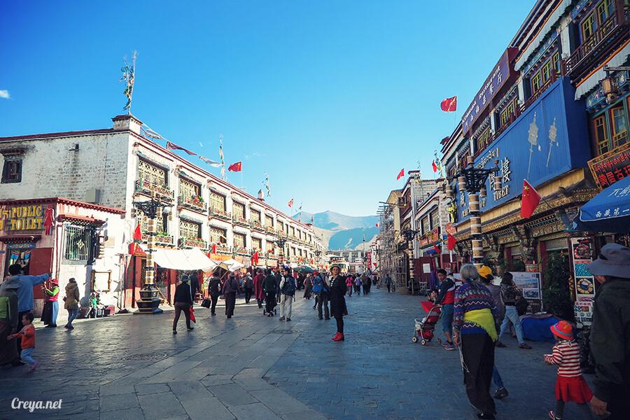 2015.12.09 ▐ Tibet 西藏踢北去 ▐ 尋找藏人真正的拉薩中心,被信仰力量震撼的大昭寺與舊城區 29.jpg
