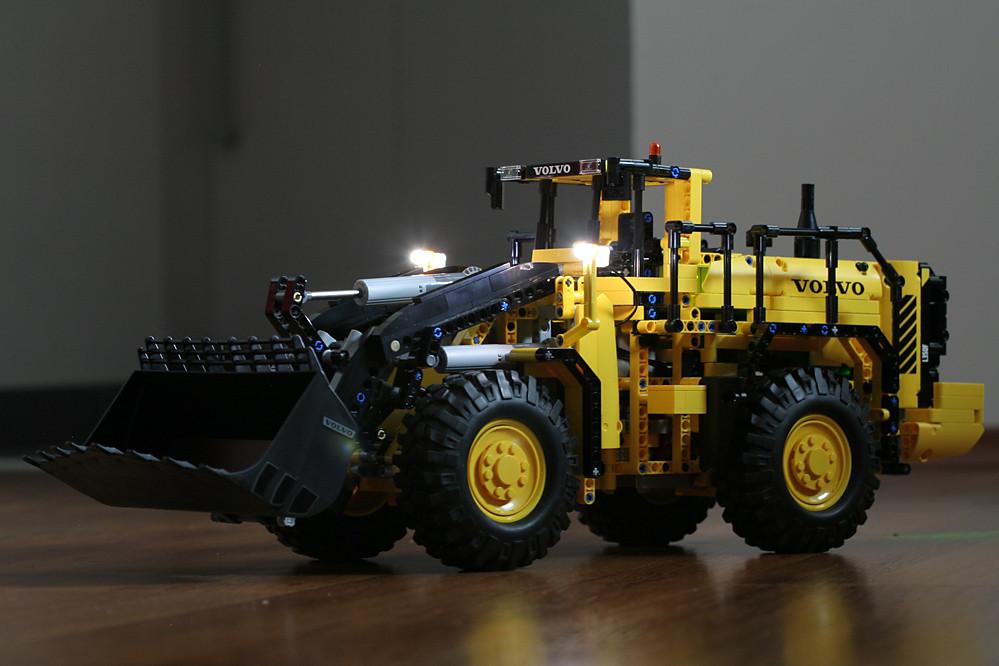 Volvo_svetla1