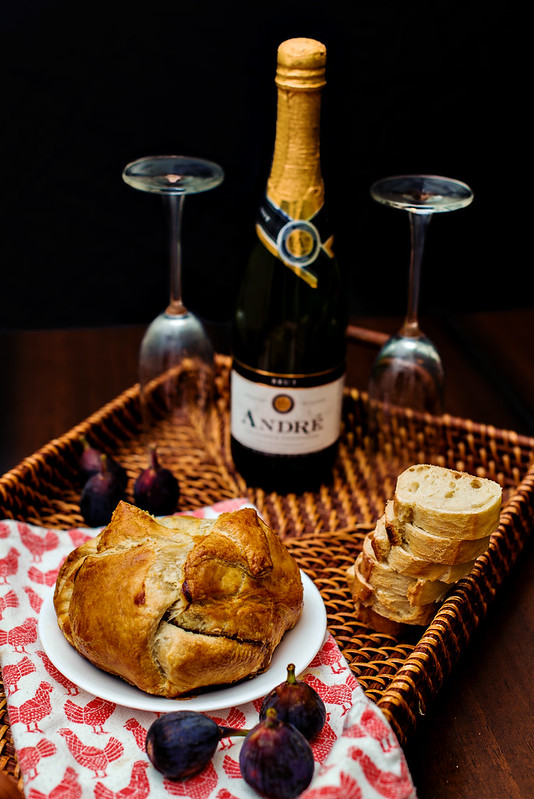 baked brie and champagne #epicwithandre