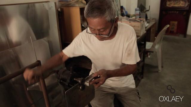 TIM MAN • Tinsmith Craftsman • George Town • MALAYSIA-4