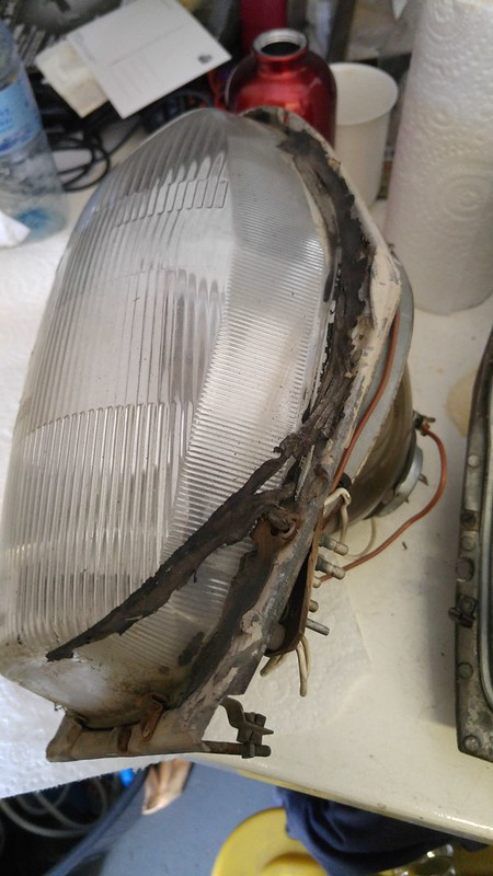 Sealant on Headlight