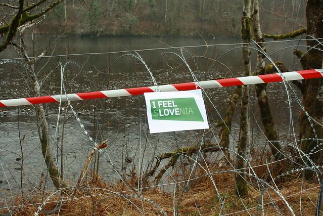 Slovenia attivisti contro il muro