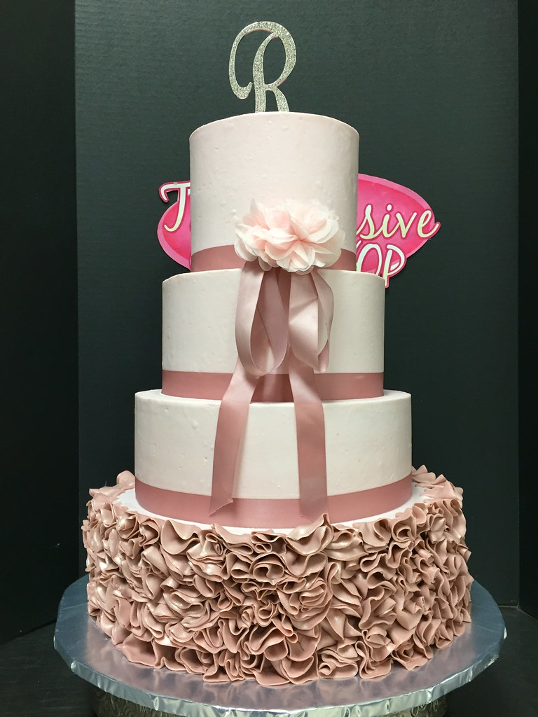 QuinceSweet 16 Cakes Exclusive Cake Shop