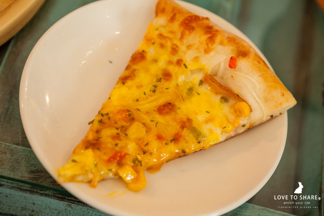 出門散步!台中都會一日遊&平價美食餐廳推薦 特別又好吃的披薩