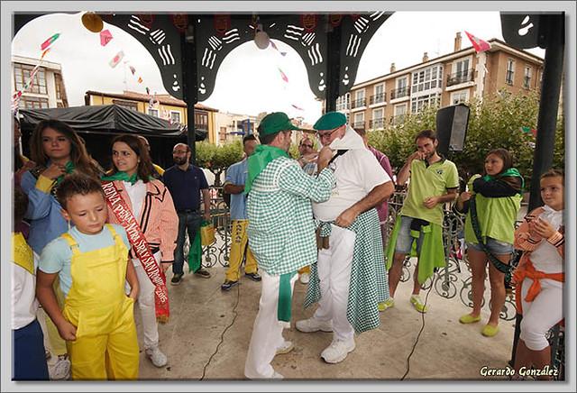 17 Bajada de blusas y chupinazo de Fiestas