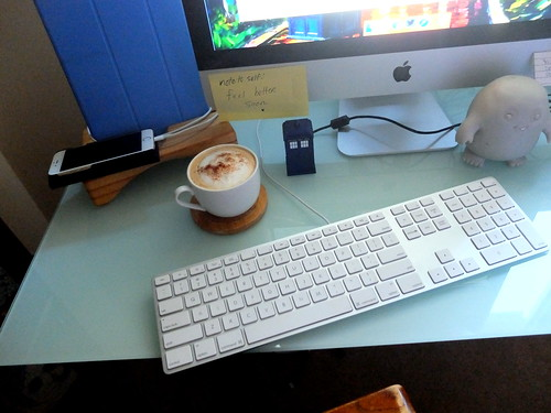 desktop: iMac, iPhone, iPad, cappuccino, Doctor Who
