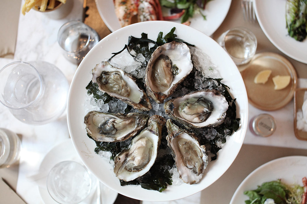 thomas-burberry-cafe-menu-oysters-1