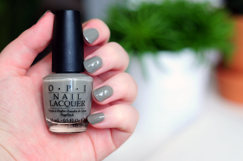 notd-opi-suzi-takes-the-wheel-nail-polish-rottenotter-rotten-otter-blog