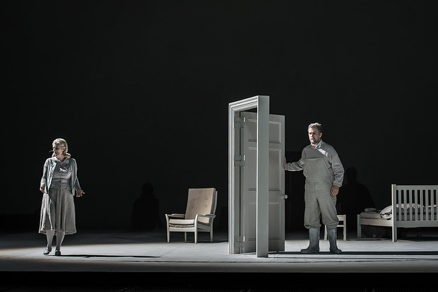 Sarah Wegener and Christoph Pohl in Morgen und Abend © ROH 2015, photograph by Clive Barda