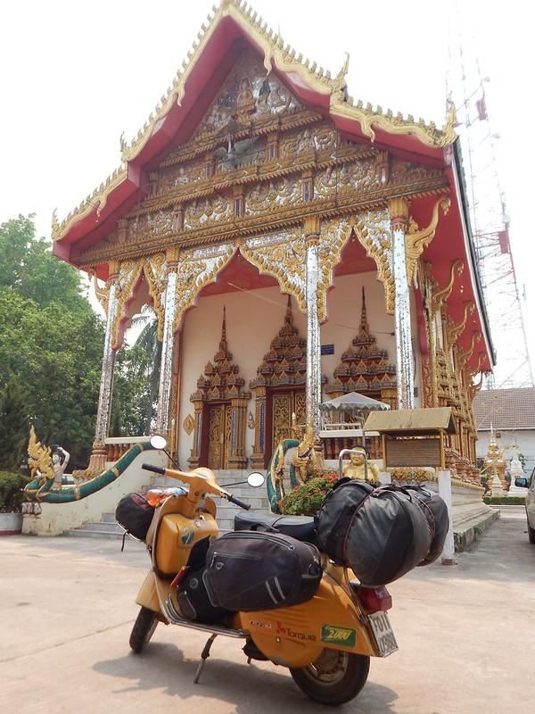 150318 Da Vientiane a Pak Kading (17) (1728 x 2304)