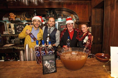Holiday Spirits Bazaar via the Dizzy Fizz (17)