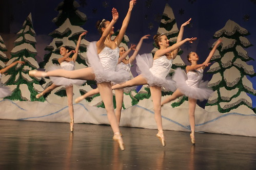 Ann Arbor Dance Classics Nutcracker 2015 (Milan High School, Michigan)