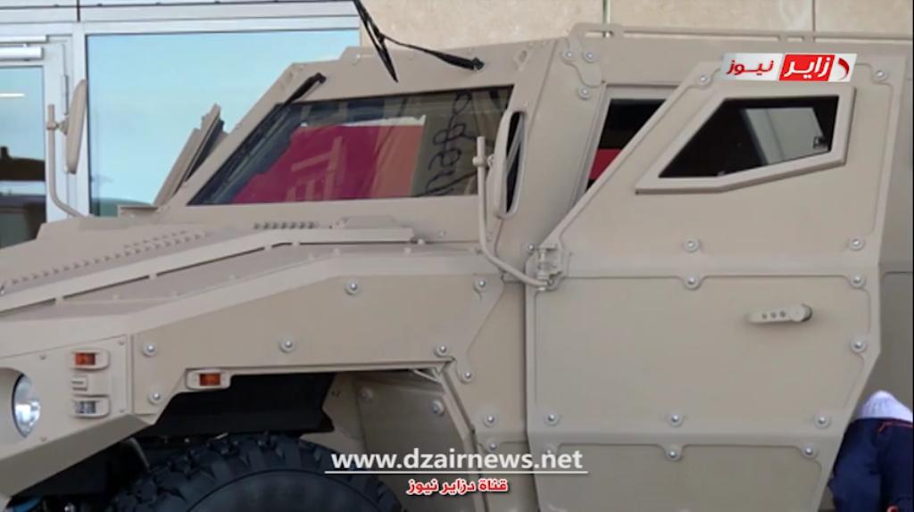 الصناعة العسكرية الجزائرية عربات ( النمر )  31351188526_e08bb898a5_o