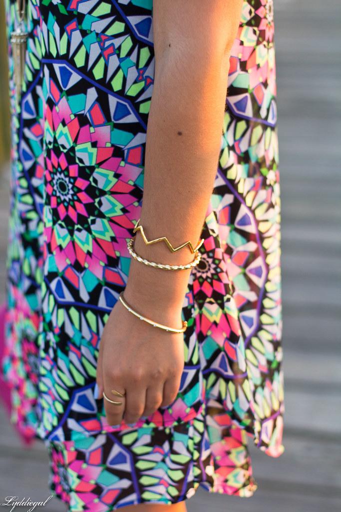 kaleidoscope print swing dress, pink clutch-2.jpg