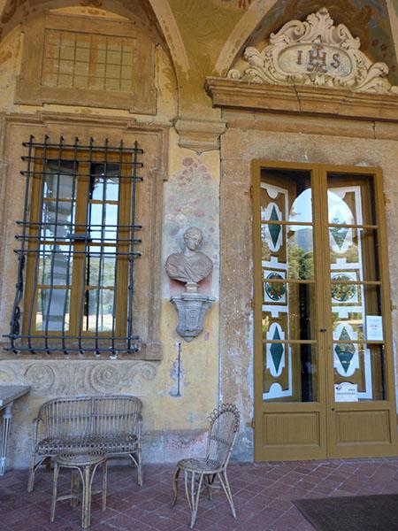 terrasse derrière la villa