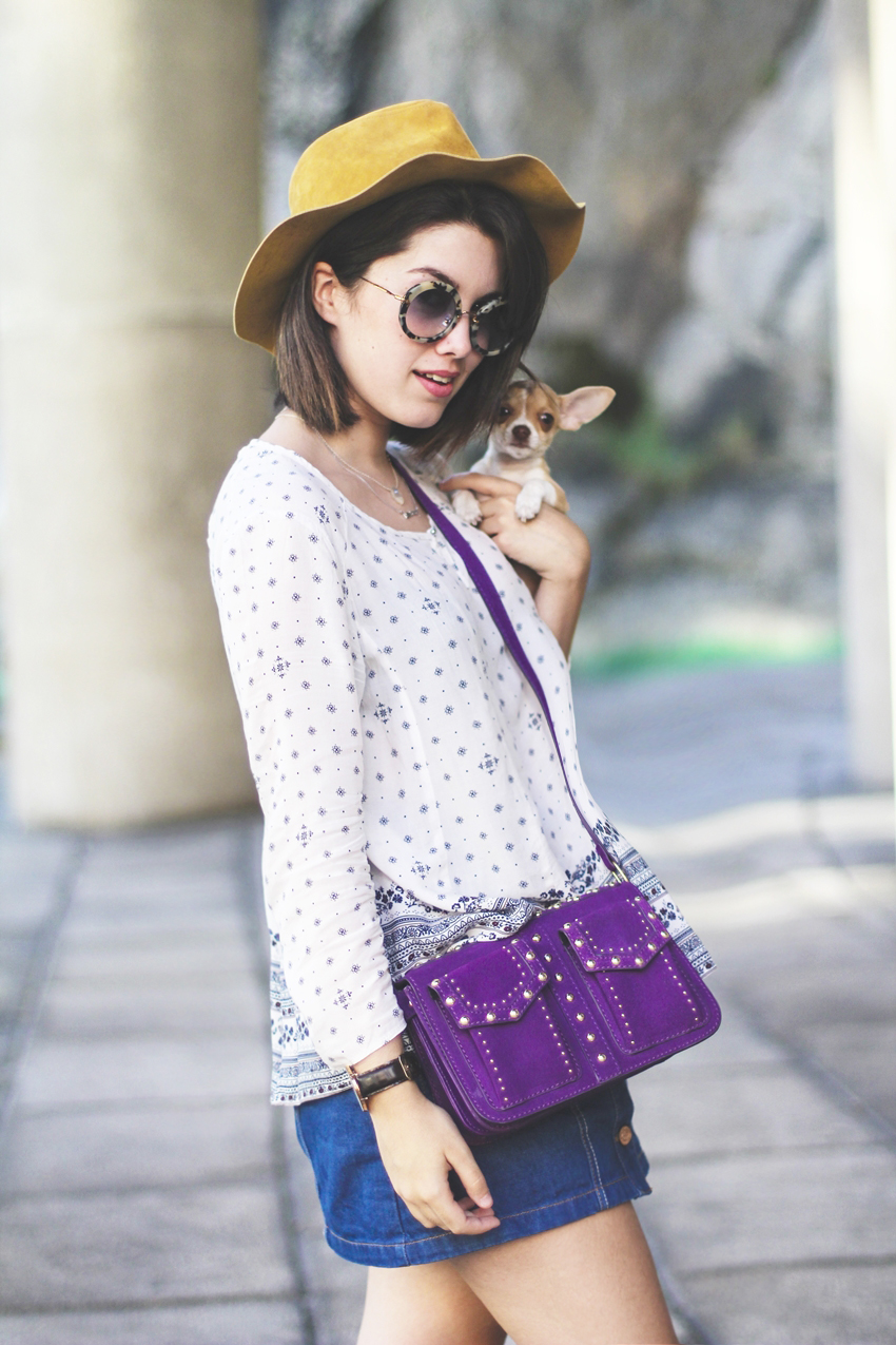 Buttoned denim skirt with oversize blouse and purple bag from Zara. Myblueberrynightsblog