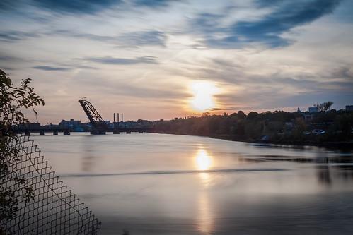ProvidenceRiver@Sunset by eric mcbane via I {heart} Rhody
