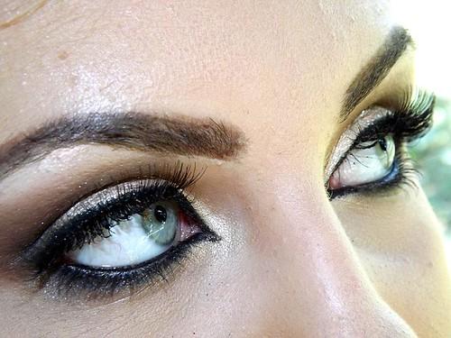 eye-881886_640